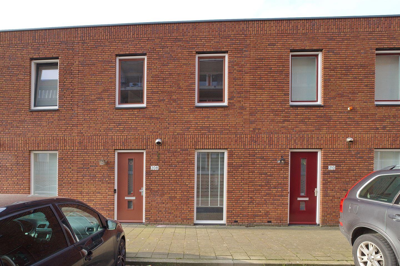 Bekijk foto 2 van Prins Clausstraat 208