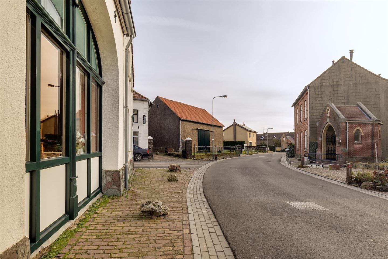 View photo 3 of Grootgenhouterstraat 19