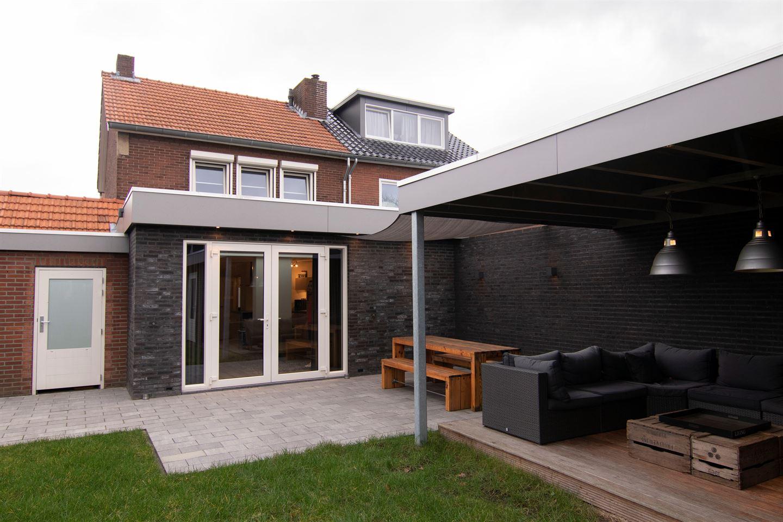 Bekijk foto 1 van Rector Meuffelsstraat 19