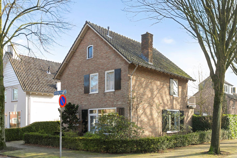 Bekijk foto 1 van Hertog Janlaan 2