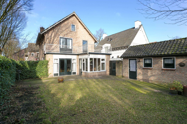 Bekijk foto 3 van Hertog Janlaan 2