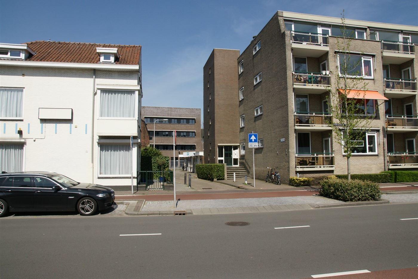 Bekijk foto 4 van Enthovenseweg 8