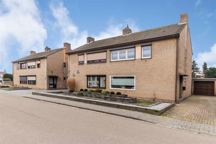 Pastoor Greijmansstraat 28