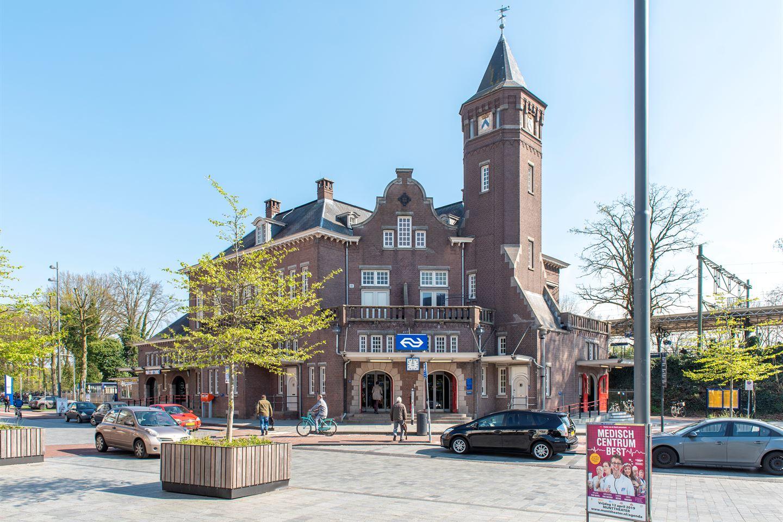 Bekijk foto 1 van Stationsplein 14