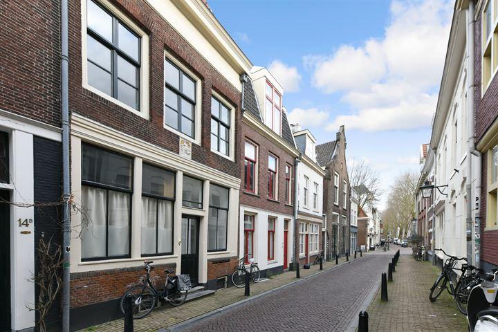 Jacobijnenstraat 16 a
