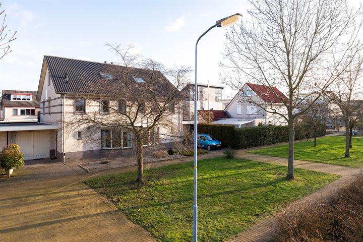 Essenburghallee 4