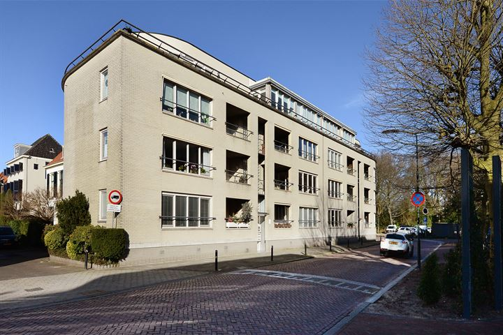 Raadhuisstraat 37