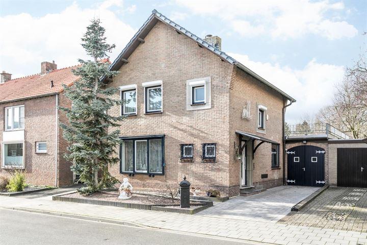 Dr. Poelsstraat 4