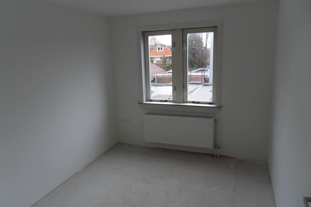 Bekijk foto 3 van Leusderweg 60 a