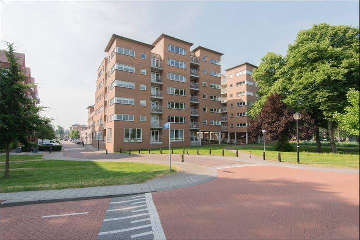 Stationsweg 157