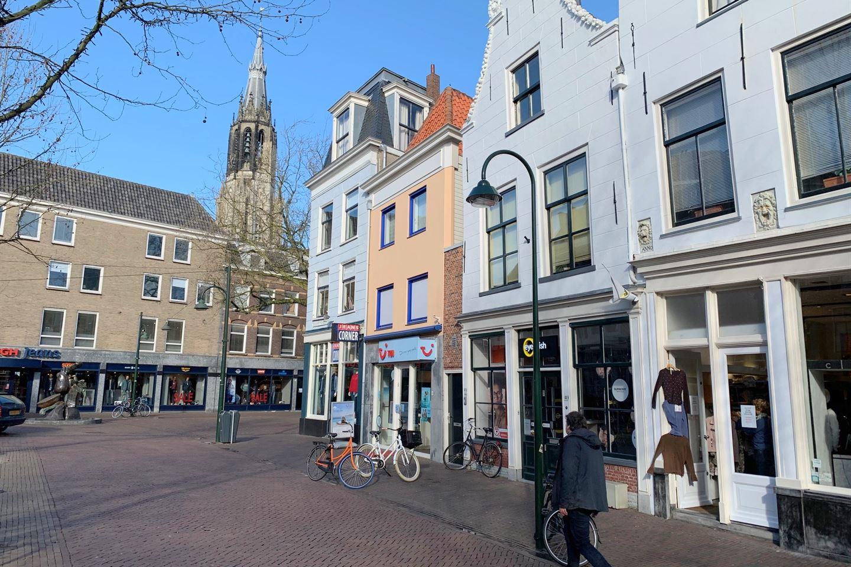 Bekijk foto 2 van Brabantse Turfmarkt 92