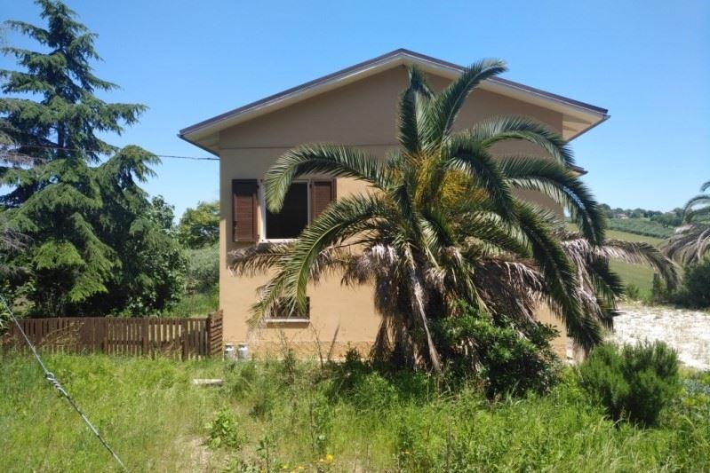 Bekijk foto 3 van localita Montebulciano