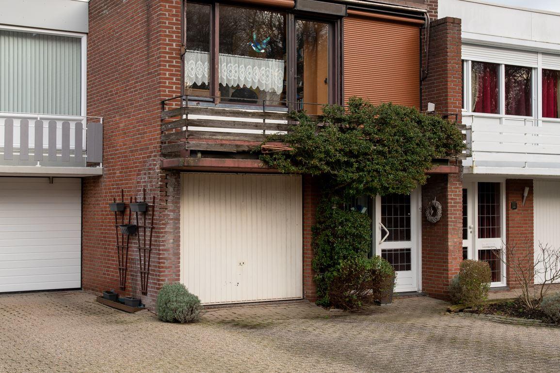 Bekijk foto 2 van Jacob Ruysdaelstraat 4