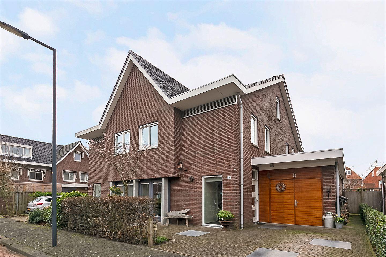 View photo 2 of Gerrit Rietveldstraat 6