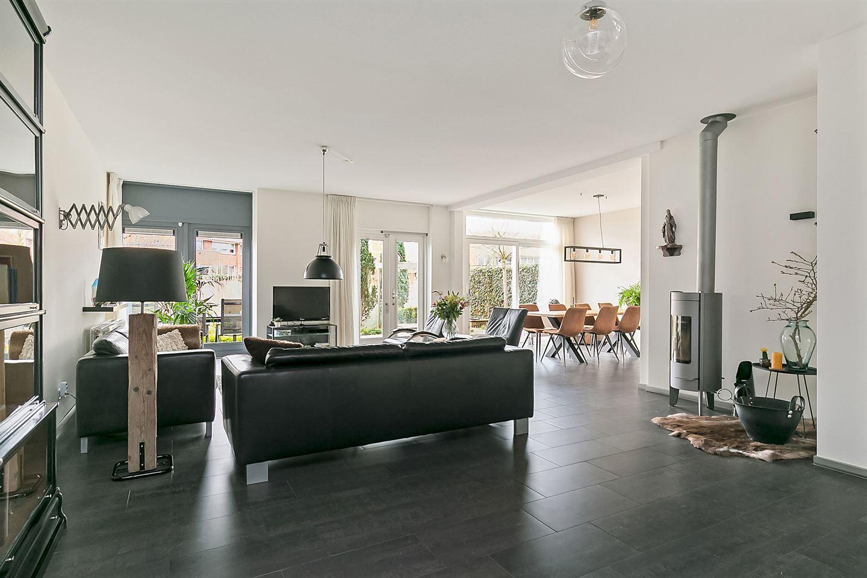 View photo 3 of Gerrit Rietveldstraat 6