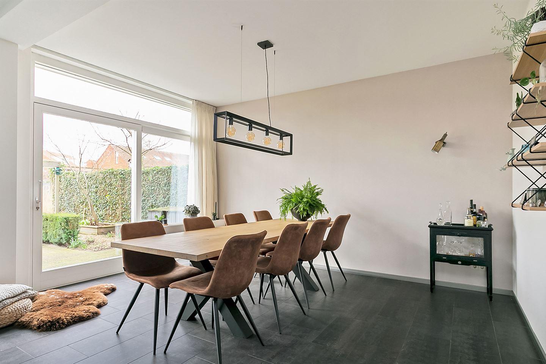 View photo 4 of Gerrit Rietveldstraat 6