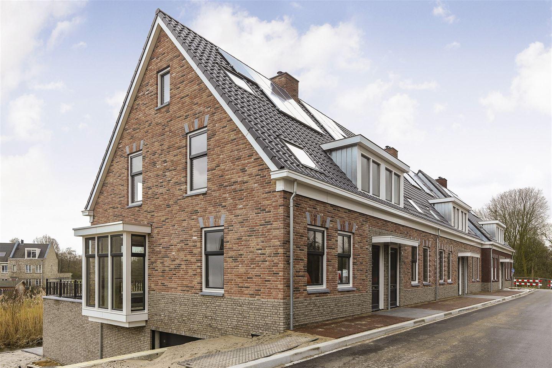 View photo 2 of Zuidendijk 212 A