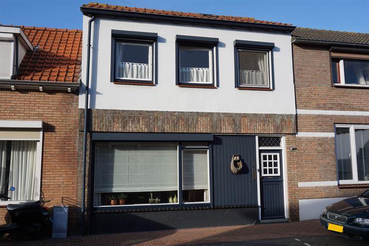 Oranjestraat 4