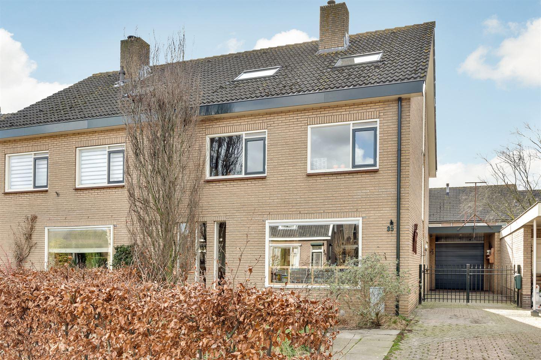 Bekijk foto 1 van Van Dijkhuizenstraat 35