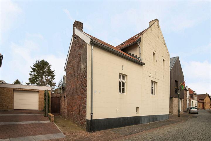 Raadhuisstraat 13