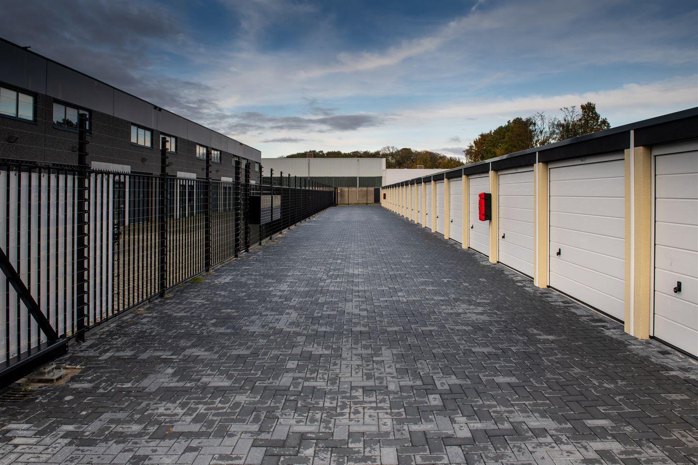 Bekijk foto 2 van Garagepark Bergen op Zoom