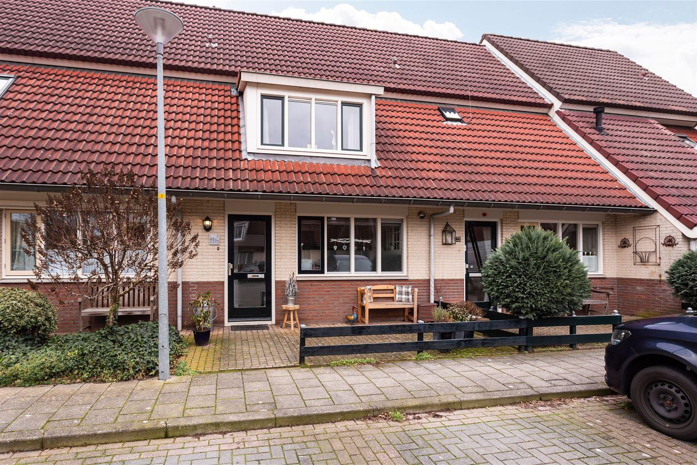 View photo 1 of Ank van der Moerstraat 7