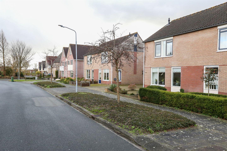 Bekijk foto 3 van Wielewaalhof 54