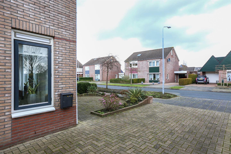 Bekijk foto 4 van Wielewaalhof 54