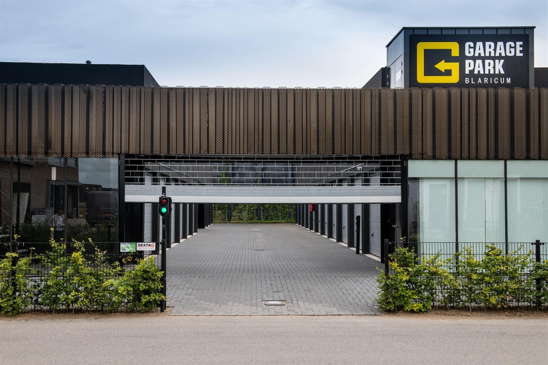 Bekijk foto 1 van Garagepark Blaricum II