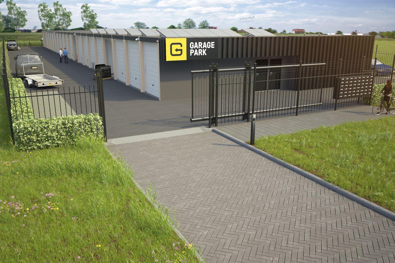 Bekijk foto 2 van Garagepark Dronten