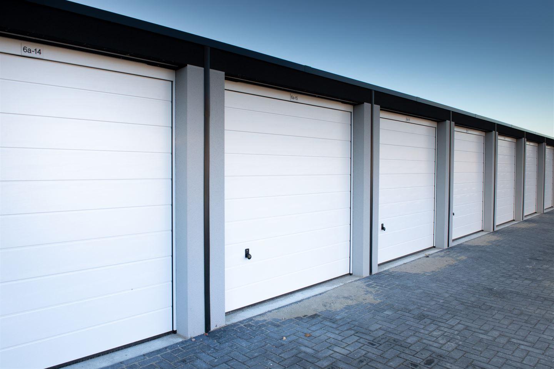 Bekijk foto 3 van Garagepark Zaltbommel