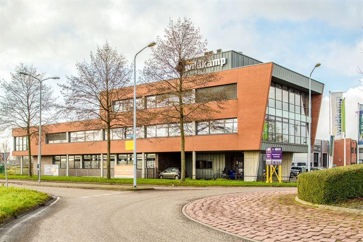 Luzernestraat 13, Nieuw-Vennep