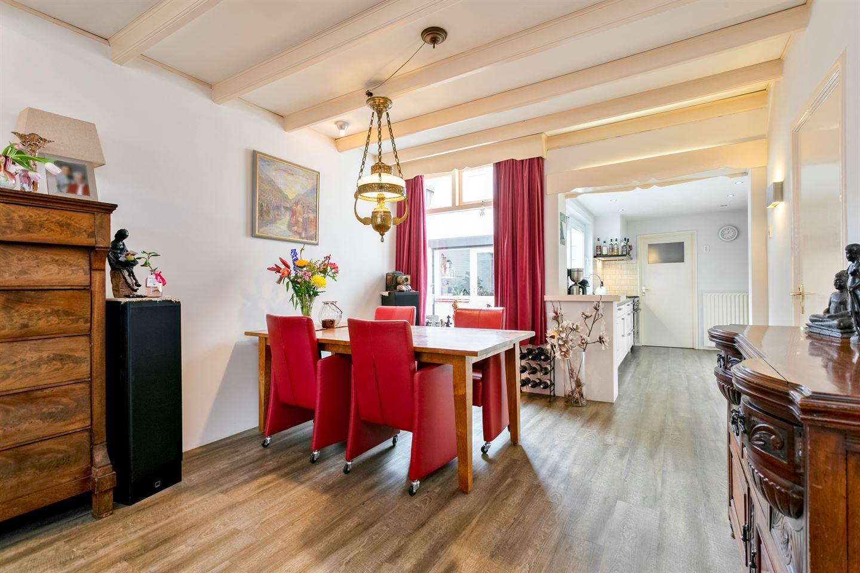 Bekijk foto 3 van Doctor van Kesselstraat 37