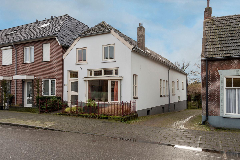 Bekijk foto 1 van Dorpsstraat 33