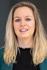 Esther Dingerdis (Commercieel medewerker)