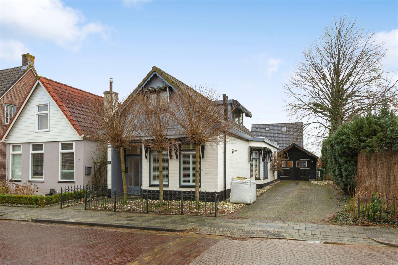 View photo 1 of Rijweg 15