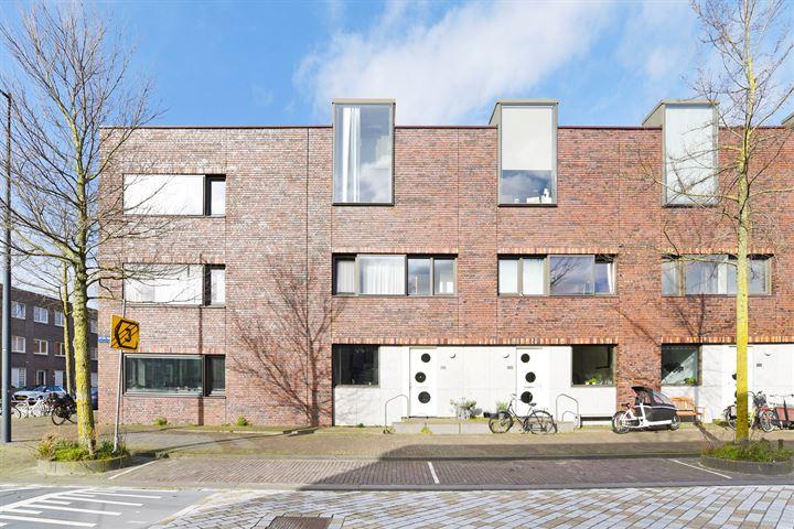 Peter Martensstraat 101