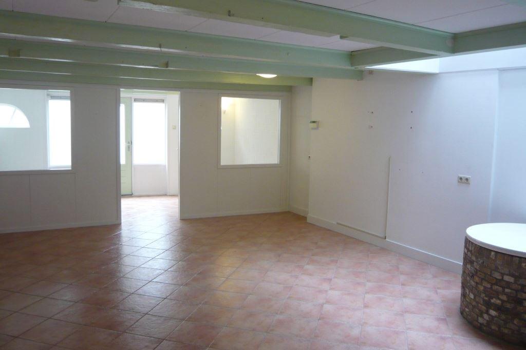 Bekijk foto 3 van Gasthuisstraat 2