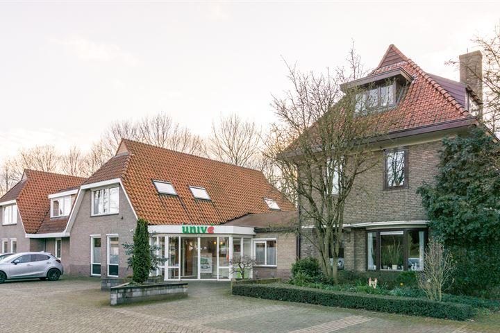 Van Dam van Isseltweg 4 - 4a, Geldermalsen