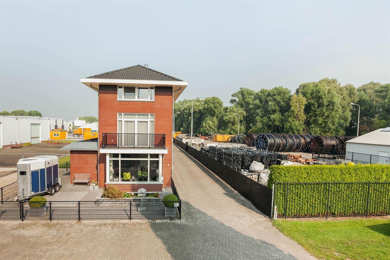 Bekijk foto 2 van J.P. Broekhovenstraat 22