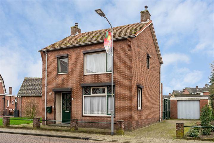 Prins Bernhardstraat 16