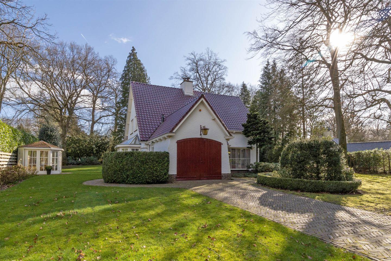 View photo 1 of Wisseloordlaan 6