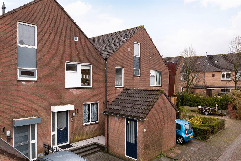 View photo 2 of De Thijmenstoren 43