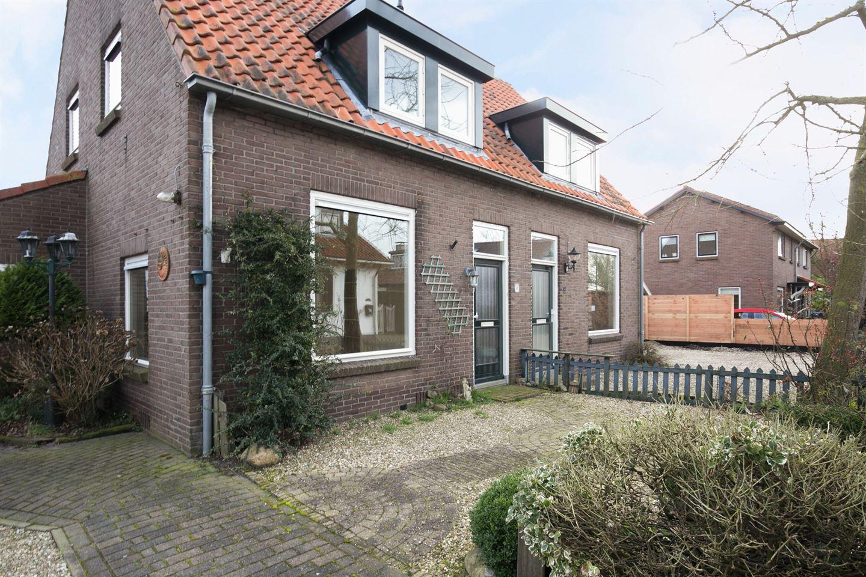 Bekijk foto 3 van Nieuweweg 8