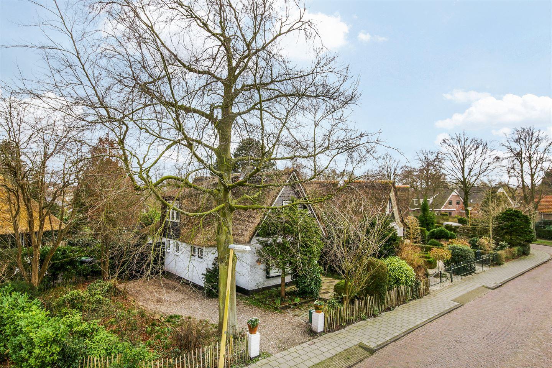 Bekijk foto 2 van Const. Huygensstraat 14