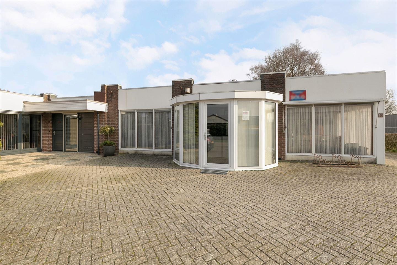 Bekijk foto 1 van M.J. van Olmstraat 14