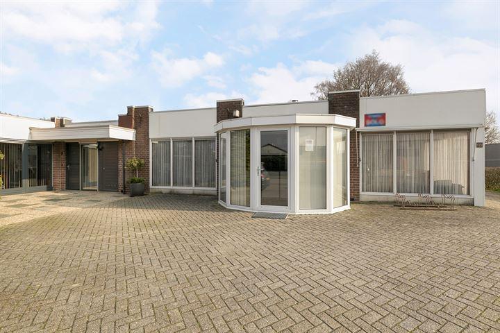 M.J. van Olmstraat 14, Winschoten