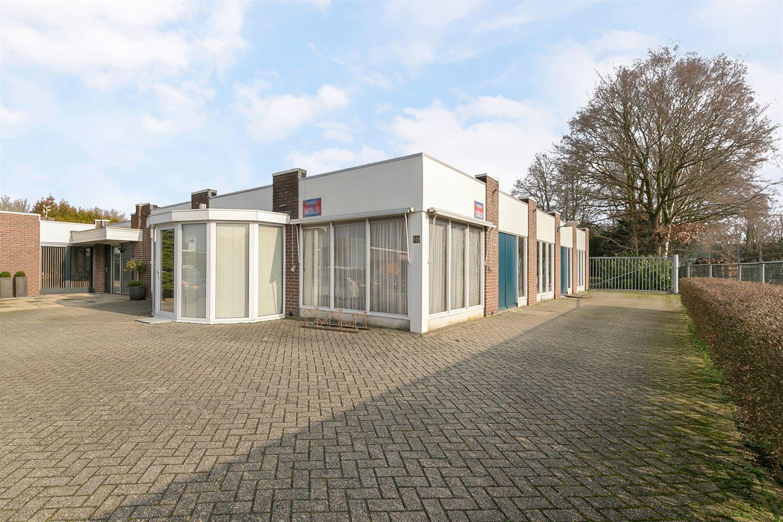 Bekijk foto 2 van M.J. van Olmstraat 14