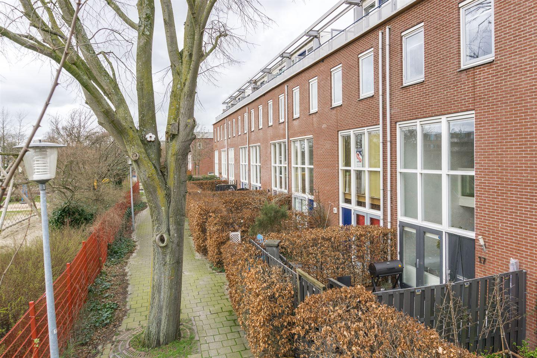 Bekijk foto 1 van Adriaan Menninckkwartier 17