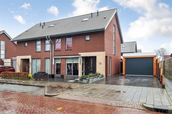 M.A. de Ruyterlaan 13